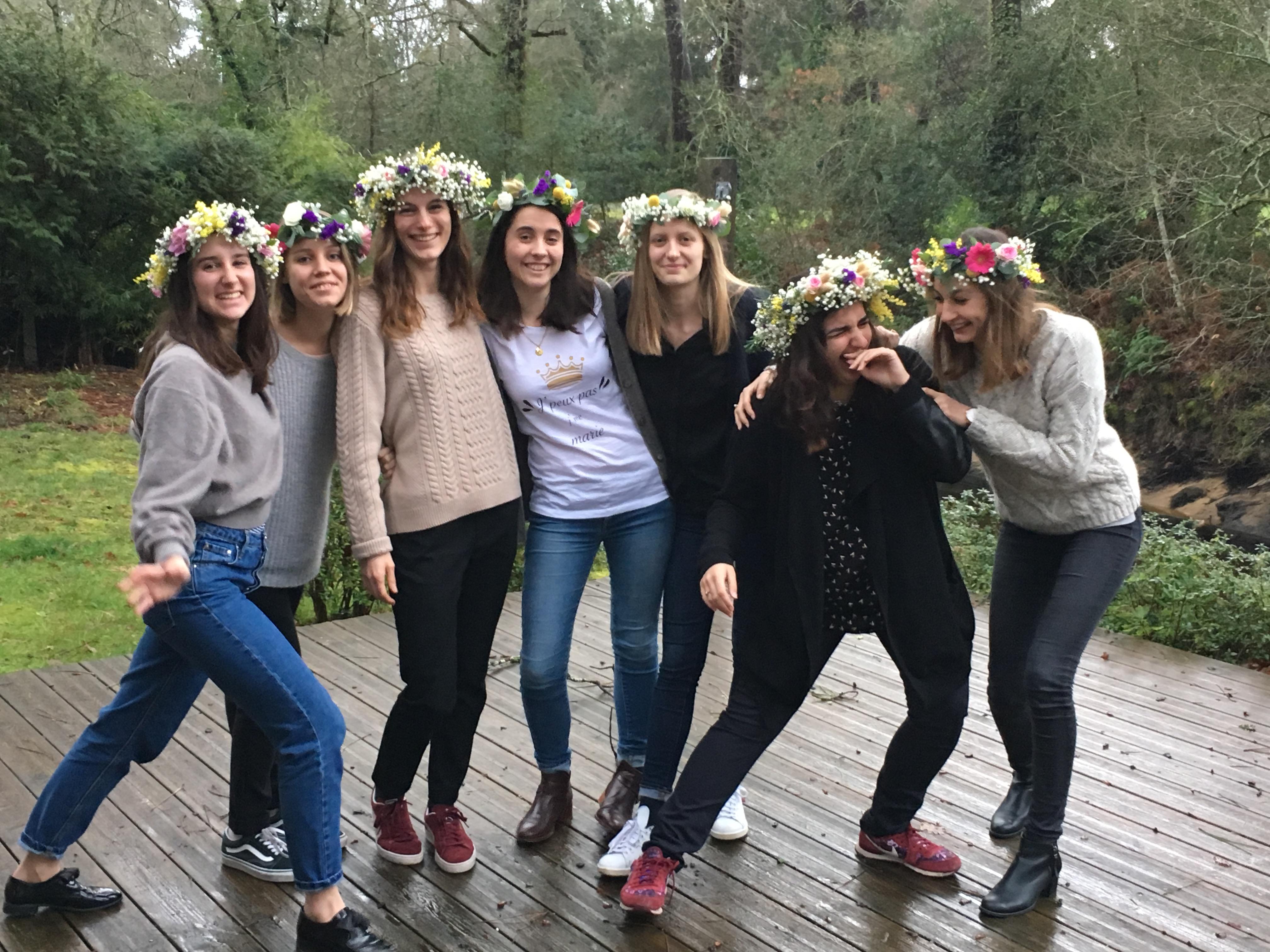 Atelier-couronne de fleurs fraîches-atelier créatif, atelier à domicile